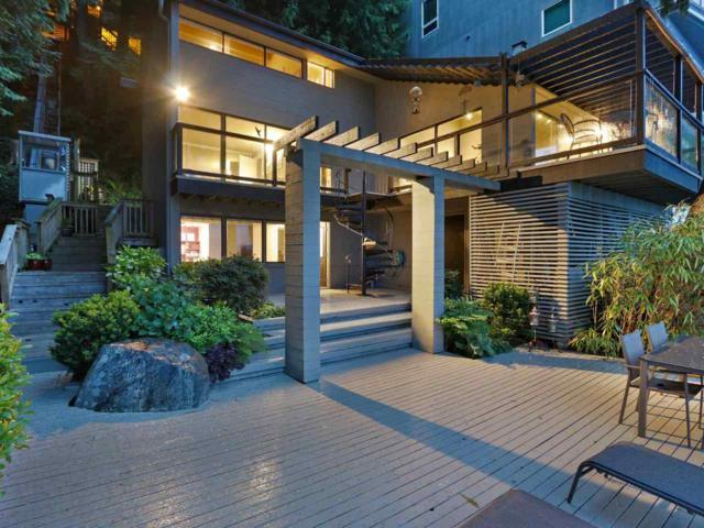 3 Montizambert Wynd, West Vancouver, BC V7W 1R8 (#R2371272) :: Premiere Property Marketing Team