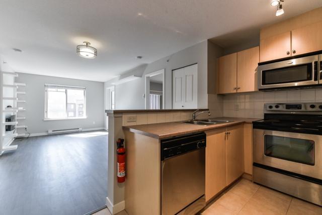 240 Sherbrooke Street #3401, New Westminster, BC V3L 0A4 (#R2373968) :: Royal LePage West Real Estate Services