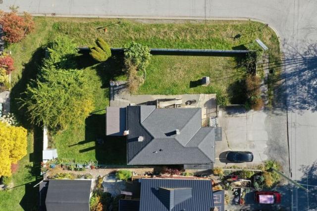 1779 Vista Crescent, Squamish, BC V0N 3G0 (#R2374131) :: Royal LePage West Real Estate Services