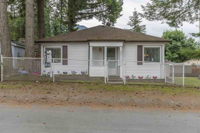 361 Pine Street, Cultus Lake, BC V2R 4Y9 (#R2377858) :: Royal LePage West Real Estate Services