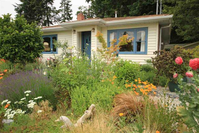 4664 Whitaker Road, Sechelt, BC V0N 3A2 (#R2378754) :: RE/MAX City Realty