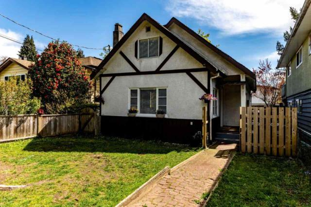 1335 Frederick Road, North Vancouver, BC V7K 1J5 (#R2379027) :: Royal LePage West Real Estate Services