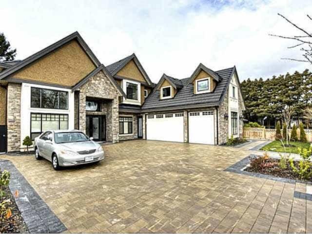 8451 Fairhurst Road, Richmond, BC V7C 1Y7 (#R2380180) :: Royal LePage West Real Estate Services