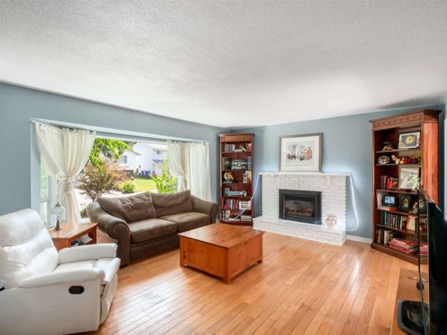 4987 197A Street, Langley, BC V3A 6W1 (#R2380895) :: Royal LePage West Real Estate Services