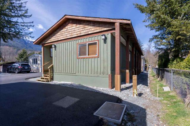 40157 Government Road #113, Squamish, BC V0N 1T0 (#R2381430) :: Royal LePage West Real Estate Services