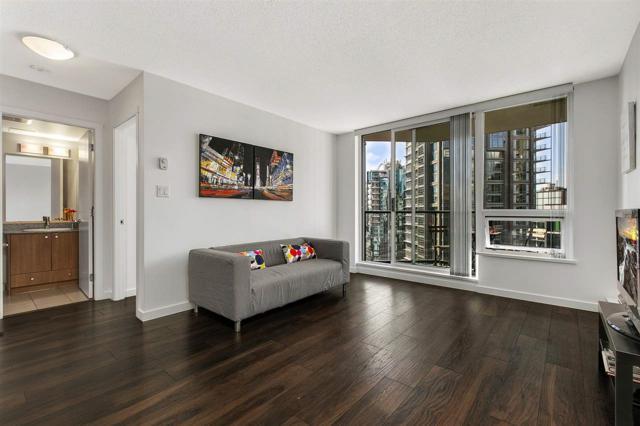 1212 Howe Street #1506, Vancouver, BC V6Z 2M9 (#R2382058) :: Royal LePage West Real Estate Services
