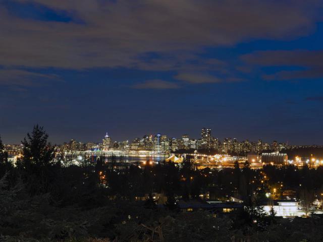 1295 W Keith Road, North Vancouver, BC V7P 1Y9 (#R2382760) :: Vancouver Real Estate
