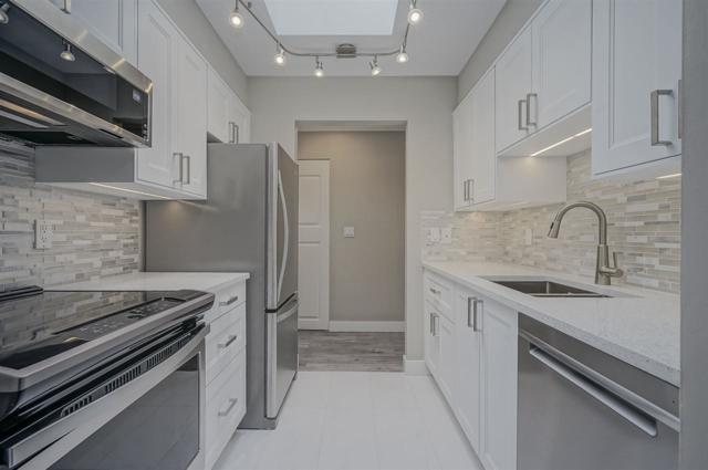 11771 King Road #210, Richmond, BC V7A 3B5 (#R2386819) :: Vancouver Real Estate