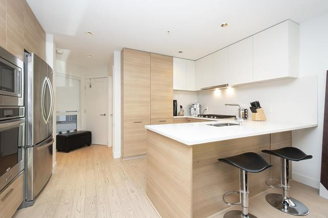 3456 Commercial Street #218, Vancouver, BC V5N 4E9 (#R2387505) :: Royal LePage West Real Estate Services
