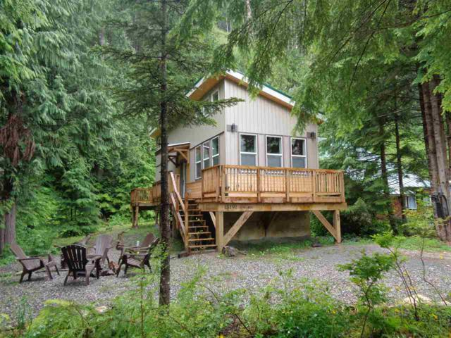 15191 Cedar Boulevard, Hope, BC V0X 1L5 (#R2388700) :: Vancouver Real Estate