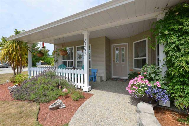 6392 Oracle Road, Sechelt, BC V0N 3A7 (#R2389053) :: RE/MAX City Realty