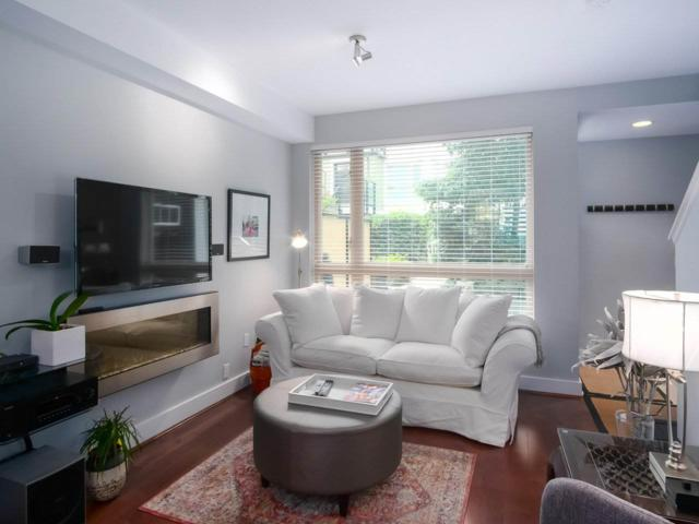 728 W 14TH Street #37, North Vancouver, BC V7M 0A8 (#R2395656) :: Vancouver Real Estate