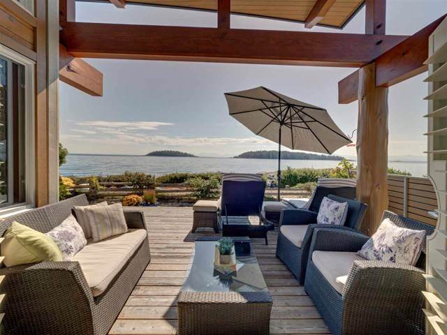 5352 Wakefield Beach Lane, Sechelt, BC V0N 3A8 (#R2405446) :: Vancouver Real Estate