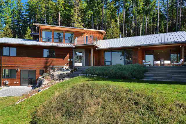 8424 Redrooffs Road, Halfmoon Bay, BC V0N 1Y1 (#R2407219) :: RE/MAX City Realty