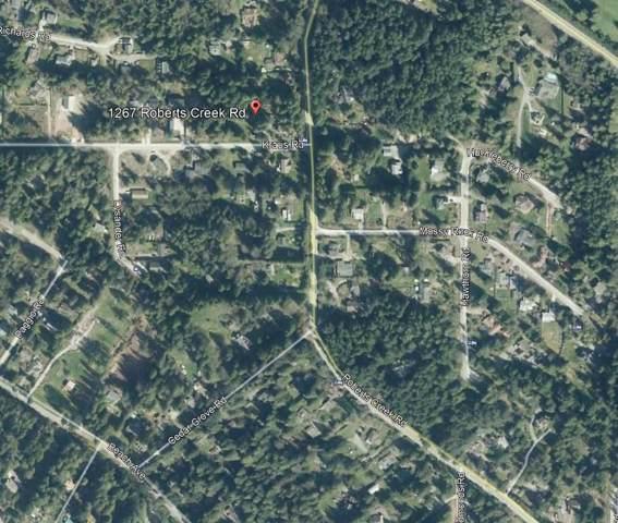 1267 Roberts Creek Road, Gibsons, BC V0N 2W2 (#R2410577) :: RE/MAX City Realty