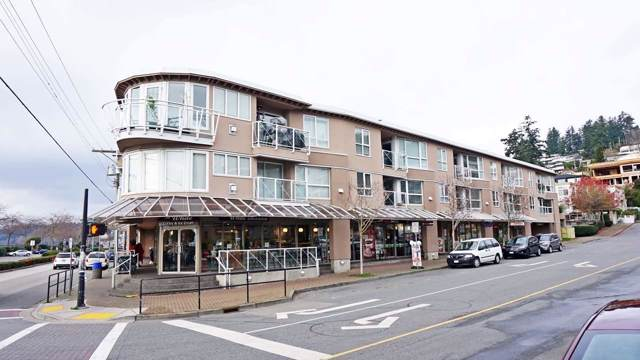 1119 Vidal Street #208, White Rock, BC V4B 3T4 (#R2422620) :: Ben D'Ovidio Personal Real Estate Corporation | Sutton Centre Realty