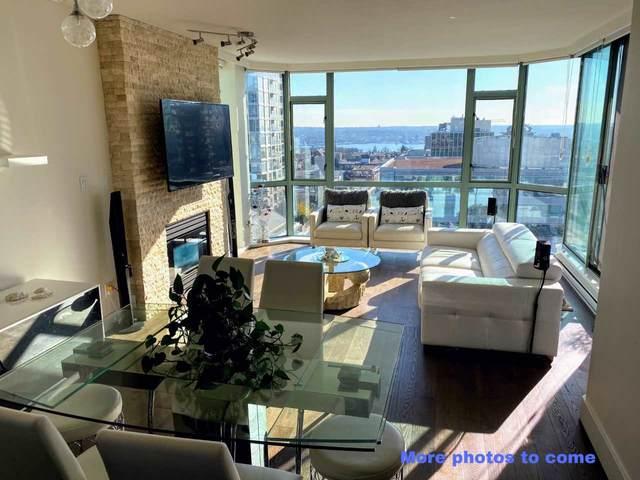 140 E 14TH Street #1103, North Vancouver, BC V7L 2N3 (#R2438243) :: Ben D'Ovidio Personal Real Estate Corporation | Sutton Centre Realty