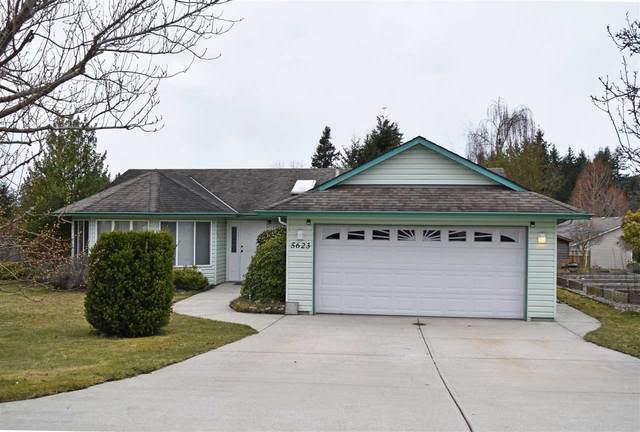 5623 Emerson Road, Sechelt, BC V0N 3A2 (#R2448377) :: RE/MAX City Realty