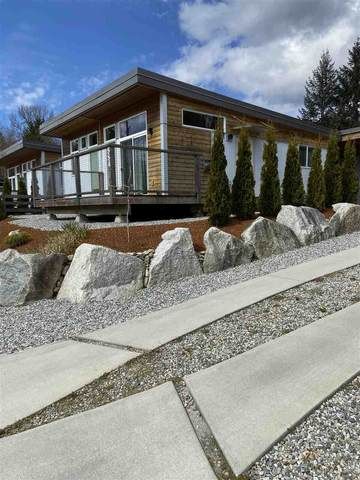 884 Trower Lane, Gibsons, BC V0N 1V9 (#R2449107) :: 604 Realty Group