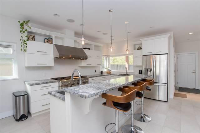 1032 Woodsworth Road, Gibsons, BC V0N 1V7 (#R2474630) :: RE/MAX City Realty