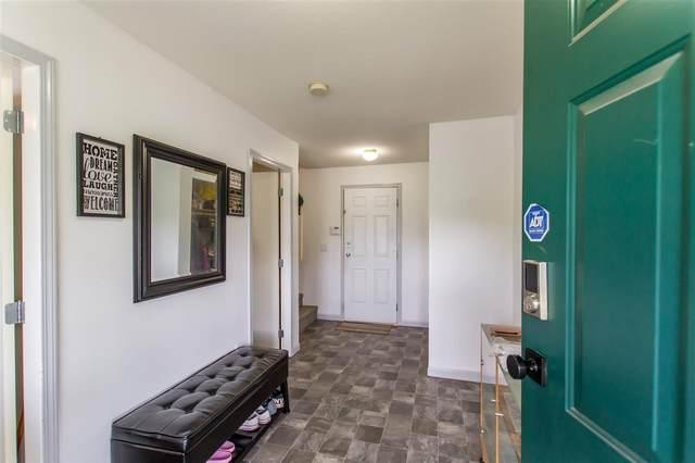 11551 240 Street, Maple Ridge, BC V2W 1A3 (#R2475514) :: RE/MAX City Realty