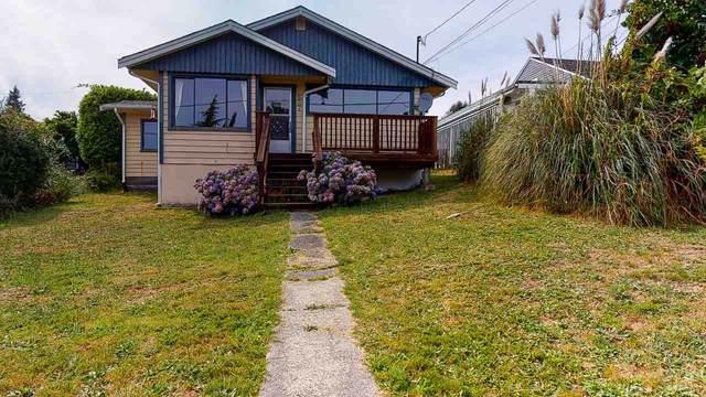 637 N Fletcher Road, Gibsons, BC V0N 1V0 (#R2485792) :: Initia Real Estate