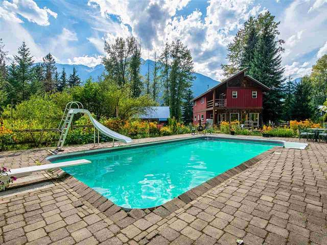 8950 Pemberton Meadows Road, Pemberton, BC V0N 2L2 (#R2489287) :: 604 Realty Group