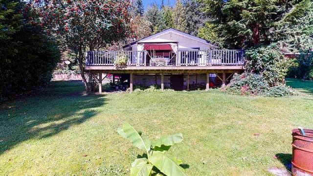 780 Maskell Road, Roberts Creek, BC V0N 2W6 (#R2490408) :: 604 Realty Group