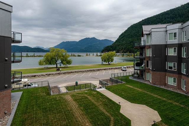 378 Esplanade Avenue #306, Harrison Hot Springs, BC V0M 1A3 (#R2490700) :: Ben D'Ovidio Personal Real Estate Corporation | Sutton Centre Realty