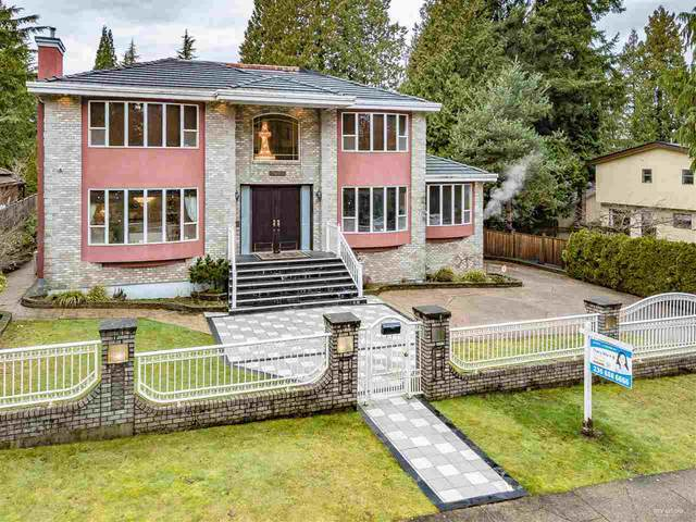 7435 Morley Drive, Burnaby, BC V5E 3X9 (#R2492781) :: Initia Real Estate