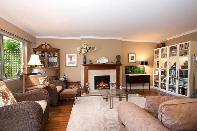 235 Keith Road #812, West Vancouver, BC V7T 1L5 (#R2494819) :: Premiere Property Marketing Team