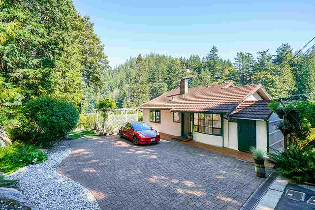 6840 Hycroft Road, West Vancouver, BC V7W 2K8 (#R2497265) :: 604 Realty Group