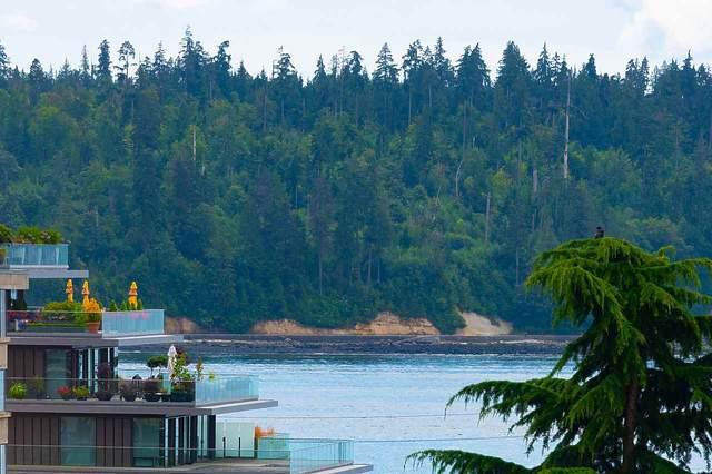 1412 Esquimalt Avenue #403, West Vancouver, BC V7T 1K7 (#R2498238) :: 604 Realty Group