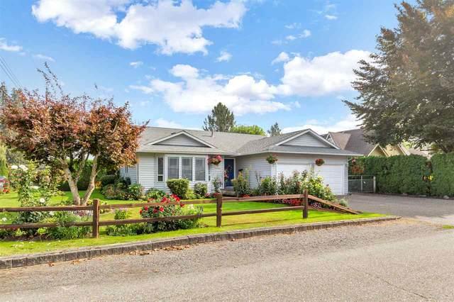 9800 Oak Street, Chilliwack, BC V2P 5A4 (#R2498240) :: Premiere Property Marketing Team