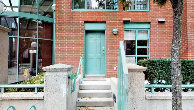TH 937 Homer Street, Vancouver, BC V6B 2W6 (#R2499588) :: Ben D'Ovidio Personal Real Estate Corporation | Sutton Centre Realty