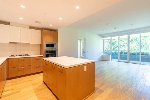 788 Arthur Erickson Place #406, West Vancouver, BC V7T 0B6 (#R2501306) :: 604 Realty Group