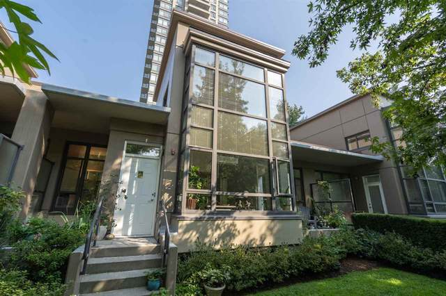 4250 Dawson Street Th10, Burnaby, BC V5C 4B1 (#R2501403) :: 604 Realty Group