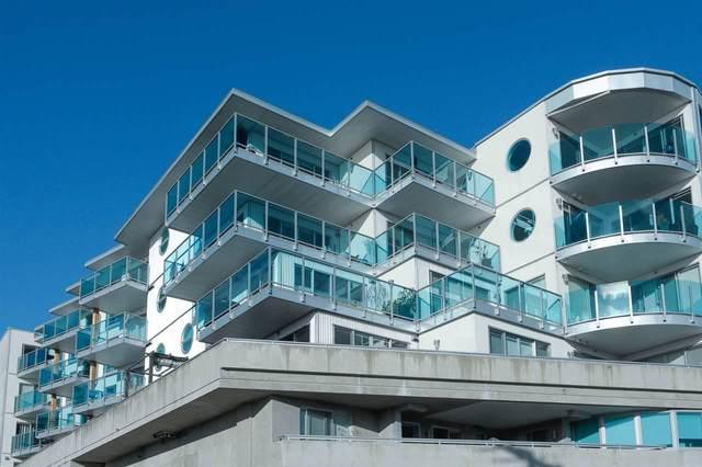 14955 Victoria Avenue #303, White Rock, BC V4B 1G2 (#R2502430) :: 604 Realty Group