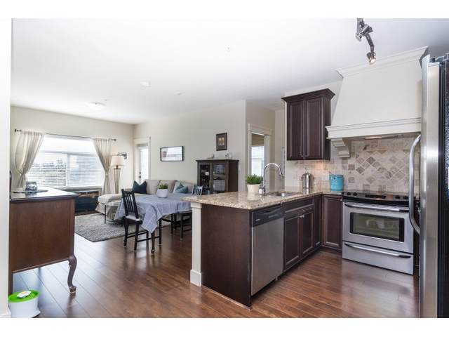 19530 S 65 Avenue #305, Surrey, BC V4N 6M1 (#R2502819) :: Ben D'Ovidio Personal Real Estate Corporation | Sutton Centre Realty