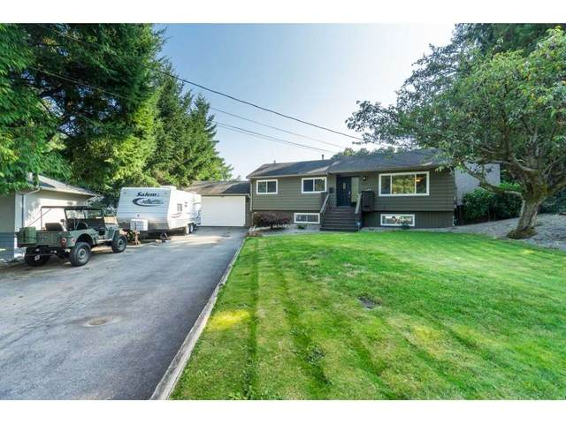 9840 Woodland Place, Surrey, BC V3V 2L8 (#R2505581) :: Initia Real Estate