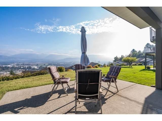 8590 Sunrise Drive #120, Chilliwack, BC V2R 3Z4 (#R2506783) :: Homes Fraser Valley