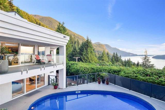 233 Bayview Road, Lions Bay, BC V0N 2E0 (#R2508181) :: Initia Real Estate