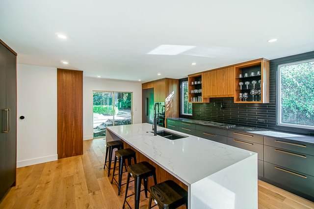 5329 Kew Road, West Vancouver, BC V7W 1L9 (#R2508304) :: Initia Real Estate