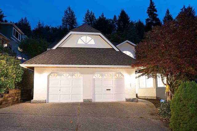 5367 Westhaven Wynd, West Vancouver, BC V7W 3E8 (#R2509786) :: Initia Real Estate