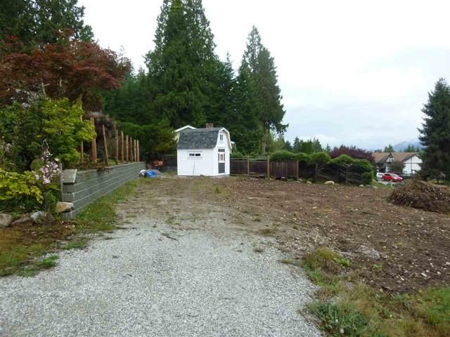 6157 Fairway Avenue, Sechelt, BC V0N 3A5 (#R2510136) :: Homes Fraser Valley