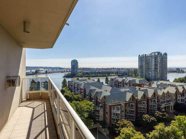 1185 Quayside Drive #1203, New Westminster, BC V3M 6T8 (#R2510989) :: Homes Fraser Valley