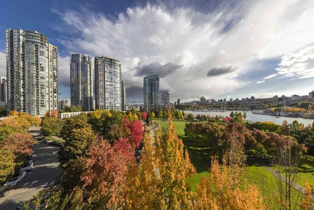 638 Beach Crescent #707, Vancouver, BC V6Z 3H4 (#R2511426) :: 604 Home Group
