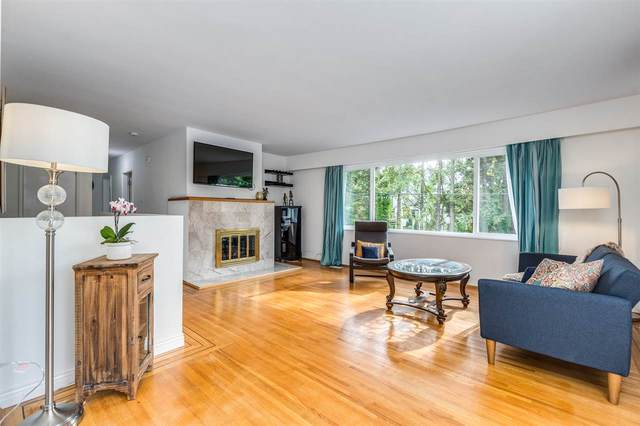 990 Canyon Boulevard, North Vancouver, BC V7R 2K1 (#R2511574) :: 604 Home Group