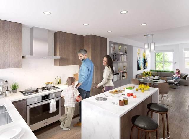 2060 Curling Road #243, North Vancouver, BC V7P 1X4 (#R2511845) :: Initia Real Estate