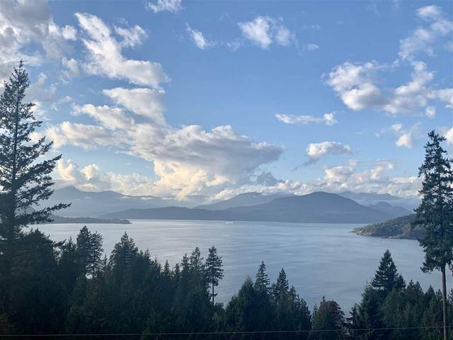 8555 Seascape Lane, West Vancouver, BC V7W 3J7 (#R2512079) :: Initia Real Estate